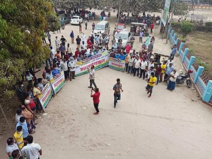 ঠাকুরগাঁওয়ে ব্যবসায়ীদের-দোকান খোলার দাবীতে মানববন্ধন